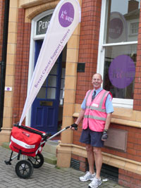 Postman Mike makes his longest round to raise funds for breast cancer charity
