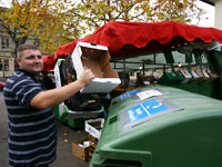 Cardboard recycling helps Witney Market go greener
