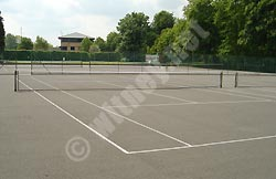Tennis courts in Witney